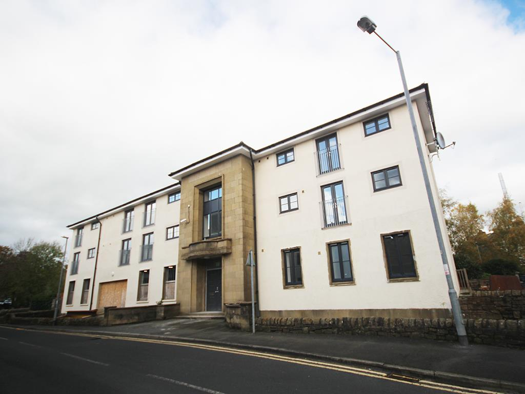 2 bedroom apartment To Let in Earby - Main Image
